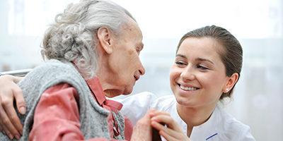 animatrice personnes âgées